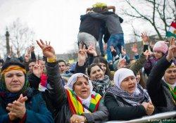 Almanya'da Newroz kutlanıyor