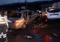 Manisa'da korkunç kaza: 5 ölü, 2 yaralı