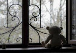 Papaza çocuk fuhuşu soruşturması ve uzaklaştırma