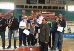 Diyarbakır'da Kurumlararası Masa Tenisi Turnuvası Sona Erdi