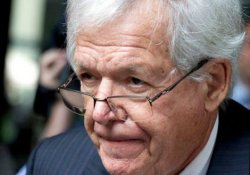 ABD'li eski siyasetçi 'cinsel tacizi örtbas etti'