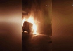 İstanbul'da 11 araç ateşe verildi
