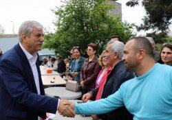 Nöbet eylemine DİSK'ten destek ziyareti