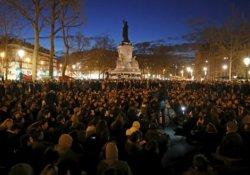 Fransa'da 'Gece Ayakta' eylemleri