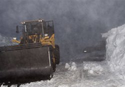 Ardahan'da nisan ayında karla mücadele