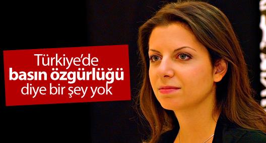 """""""Türkiye'de basın özgürlüğü diye bir şey yok"""""""
