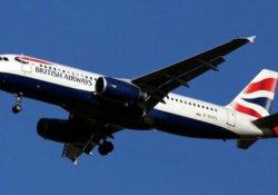 Heathrow'da uçağa 'insansız hava aracı' çarptı