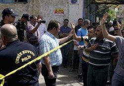 Kilis'te valiliğe yürümek isteyen çok sayıda kişi gözaltına alındı