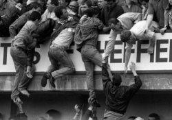 Hillsborough felaketi: Polis sorumlu, taraftar suçsuz