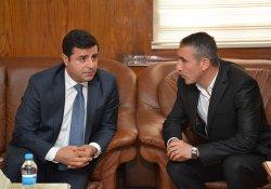 HDP'den o tutuklamaya tepki