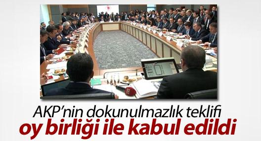 AKP'nin dokunulmazlık teklifi kabul edildi!