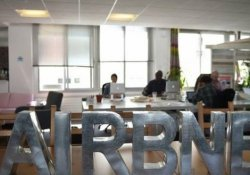 Airbnb 'konaklamanın ötesine' göz dikti