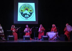 Yalda Abbasi'den müzik ziyafeti