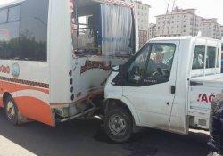 Ağrı'da kaza: 3'ü ağır 10 yaralı