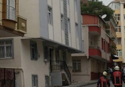 Bahçelievler'de yıkılma tehlikesi olan bina boşaltıldı