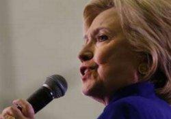 Clinton: Trump'ın başkan seçilmesi tarihi hata olur