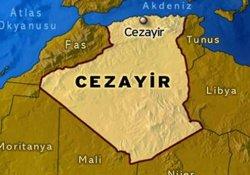 Cezayir'de katliam gibi kaza: 33 ölü, 22 yaralı