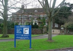 İngiliz polisi 11 yaşındaki engelli çocuğu 'kelepçeledi'