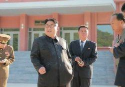 K. Kore lideri kampanyaya karşın sigarasından vazgeçmedi