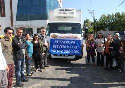 Yüksekova'ya destekler sürüyor