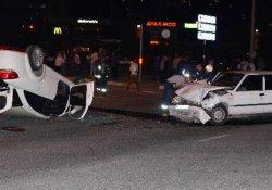 Kadın sürücünün çarptığı otomobil takla attı: 4 yaralı