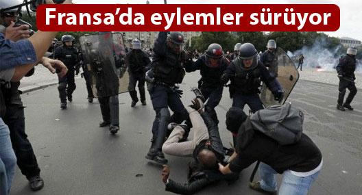 Fransa'da çalışma yasası karşıtı göstericiler ile polis arasında çatışma