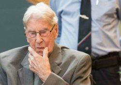 Aushchwitz muhafızı 94 yaşındaki Hanning'e 5 yıl hapis cezası