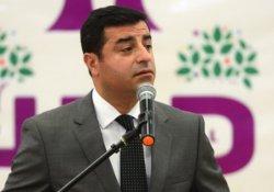 Demirtaş'tan Davutoğlu'na Menbic sorusu: Doğru mu hocam?