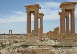 Rus ressamlar Palmira'ya gitti