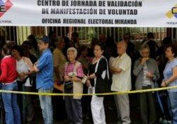 Venezuela başkanını görevden almak için kampanya başlatıldı