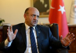 Savunma Bakanı Işık: Dokuzu general 311 asker firari