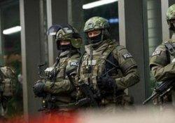 Almanya'da silahlı saldırı! Çok sayıda yaralı var