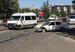 Diyarbakır'da kaza: 11 yaralı