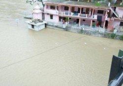 Hindistan'da şiddetli yağış: 9 ölü