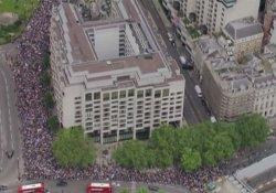 İngiltere'de AB yanlılarından protesto