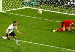 Penaltı geriliminin galibi Almanya