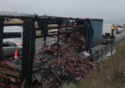 TEM'de TIR yandı, trafik felç oldu