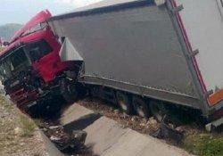 Sinop'ta katliam gibi kaza: 5 ölü, 3 yaralı