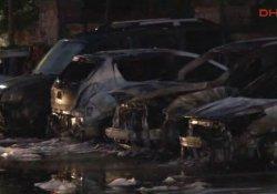 Kağıthane'de 17 araç ateşe verildi