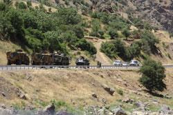 Hakkari - Çukurca Karayolu trafiğe kapatıldı