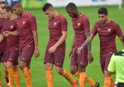 Roma'dan hazırlık maçında 16 gol
