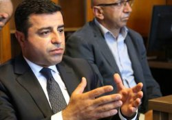 Demirtaş: Kayyum atamasına AKP'li şirketlerden başlasak bir zahmet
