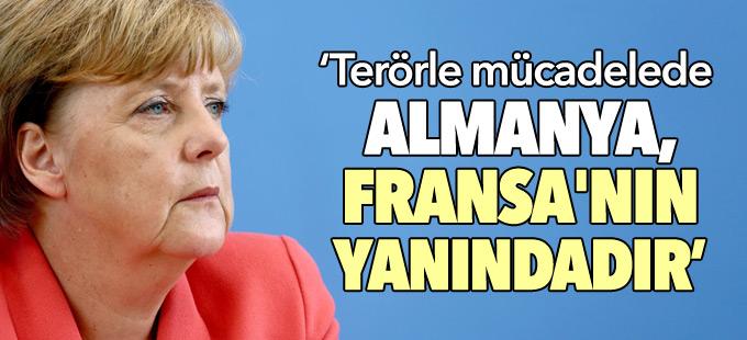 Merkel'den Fransa ile dayanışma mesajı
