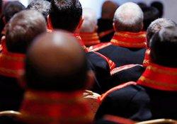 Tüm askeri hakimler hakkında soruşturma başlatıldı