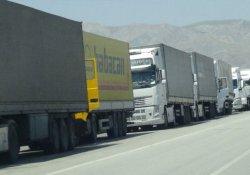 'Darbe olacak' iddiası sınır kapısını kapattırdı