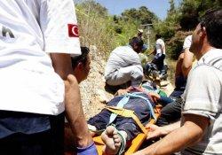 Tarım işçilerini taşıyan araç devrildi: 17 yaralı
