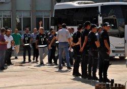 AKP'li milletvekilinin kardeşi de gözaltına alındı