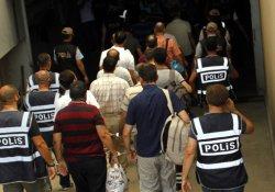 Antalya'da 22 rütbeli polis tutuklandı