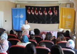 Başkale'de kadınlara sağlık semineri