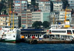 Kabataş iskelesi deniz trafiğine kapatıldı